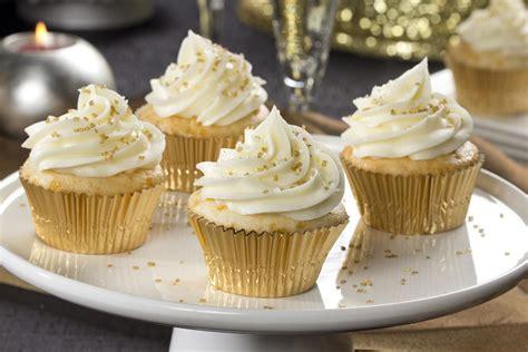 champagne cupcakes mrfoodcom