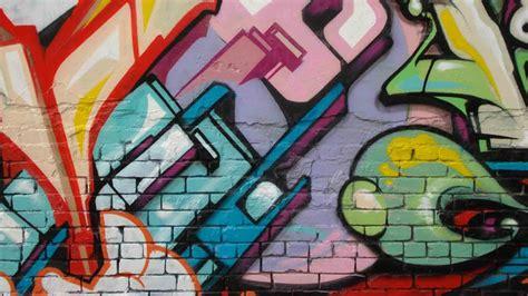 download free graffiti wallpaper images for laptop desktops fondos para whatsapp patada de caballo graffiti