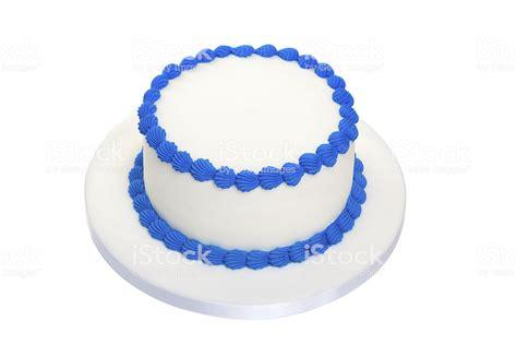 blank birthday cake stock photo  pictures  birthday istock