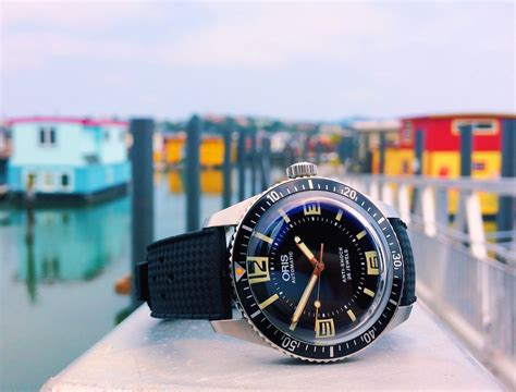 oris divers sixty five topper edition review