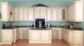 Kitchen Colors With Cream Cabinets by Cream Painted Kitchen Cabinets