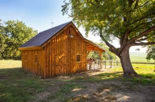 Pictures Of Small Horse Barns Horse Barn Small In Size Large In Character Farmhouse