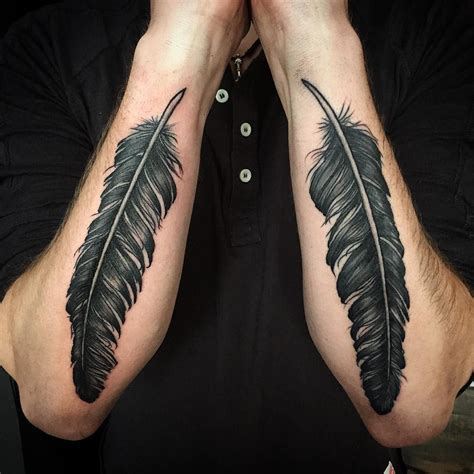 dave grohl tattoo feathers ala dave grohl feathers feathertattoo