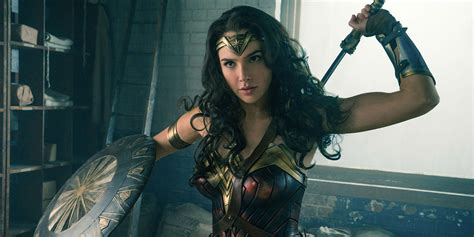 film seri wonder woman first wonder woman reviews released