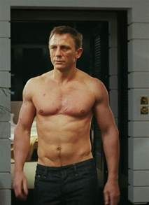 Gym Incline Bench Daniel Craig Workout Routine Diet Plan And Body Measurements