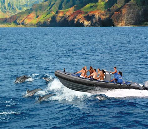 napali coast boat tour sunset napali coast rafting and snorkeling blue dolphin charters