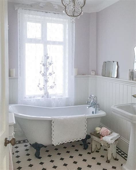 vintage bathroom ideas best 25 vintage bathrooms ideas on cottage