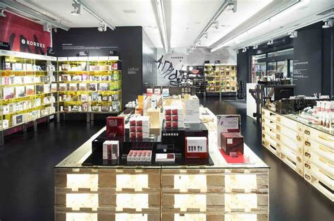 stores korres cosmetics store prague 187 retail design