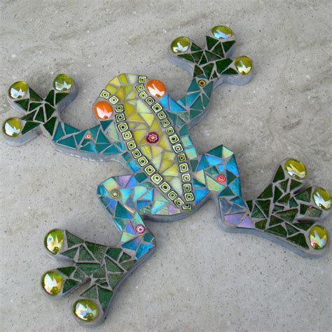 mosaic pattern cause mosaic frog wall plaque folksy craftjuice handmade