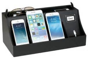 White Dining Room Furniture Desktop Smartphone Charging Station And Valet