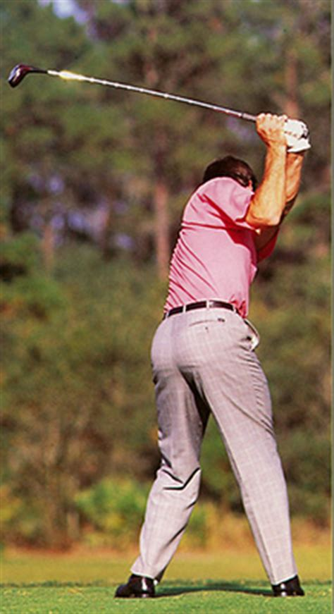 role of hips in golf swing backswing