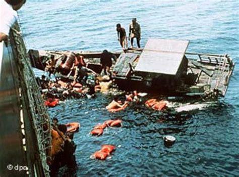 refugee boat stories refugee cs
