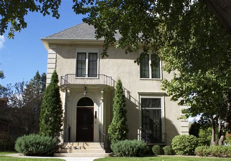 oak lawn homes for sale residential information