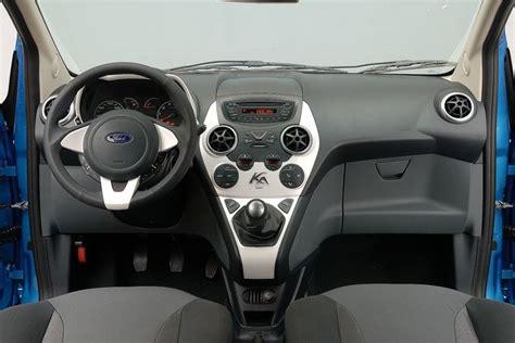 ford ka interni prova ford ka scheda tecnica opinioni e dimensioni 1 2