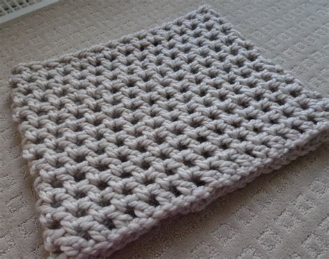 crochet pattern thick yarn chunky double crochet cowl all about ami