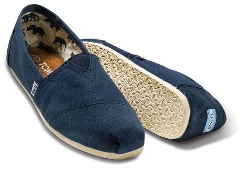 tom shoes navy canvas s classics toms