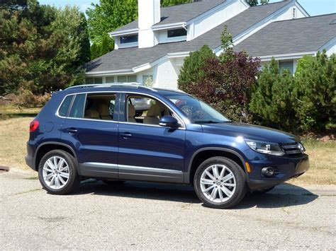 review 2012 volkswagen tiguan se awd the about cars