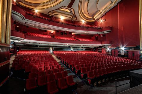 laras patio interior salas de cine en madrid cines capitol gran via madrid