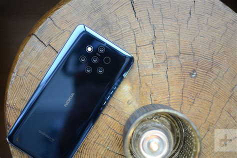 nokia  pureview  iphone xr  hmd   apple