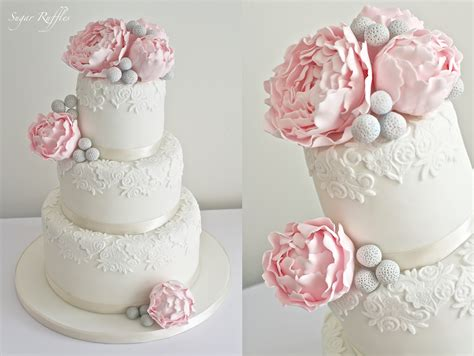 Hochzeitstorte Altrosa by Teacups Sugar Flowers And Pearls
