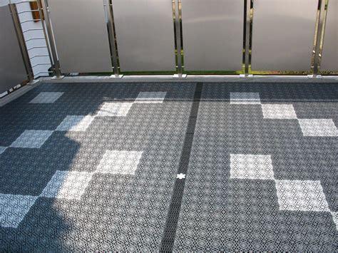 granitplatten boden balkonbel 228 ge mit kunststoff fliesen