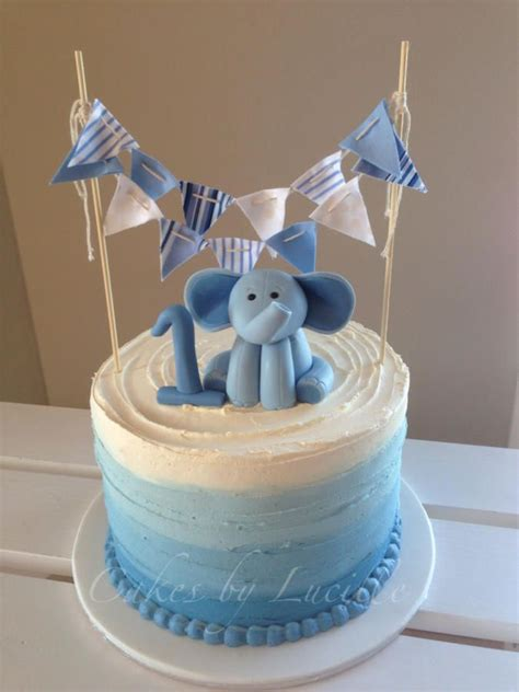 Cute Baby Shower Cakes For A Boy by Best 25 1st Birthday Cupcakes Ideas On Pinterest