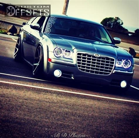 srt8 jeep dropped wheel offset 2006 chrysler 300 tucked dropped 3 custom