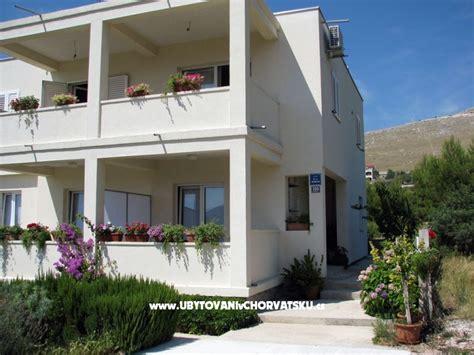 appartamenti primosten croazia appartamenti 255 primošten croazia greabaštica alloggi