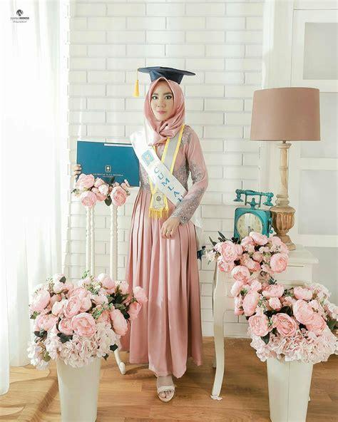 kebaya modern untuk wisuda warna pink 35 koleksi model kebaya wisuda modern simple dan elegan
