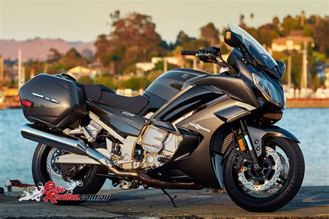 Yamaha FJR1300 Feature   Bike Review