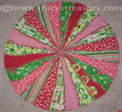 Rag Quilt Tree Skirt Pattern by Ten Easy Sewing Projects Sewing Furniture