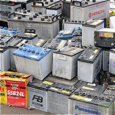 signs your car battery is dying how often should you change your car battery how to fix