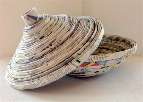 How To Make Things With Waste Paper - 36 tutorials for weaving a basket out of newspaper guide