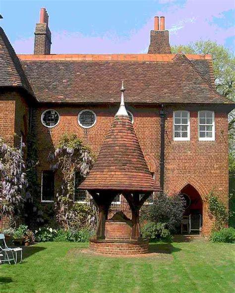 The Redd House by House Pilgrim S Rest Porch Tiles William Morris Tile