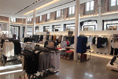 Dolly El Zarra Store 6 zara podr 237 a abrir en barcelona su tienda m 225 s grande mundo