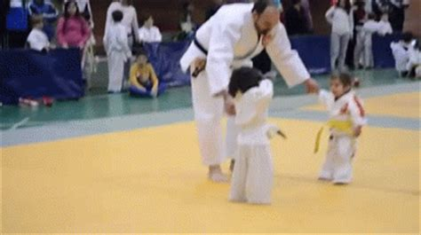 fight judo gif find & share on giphy