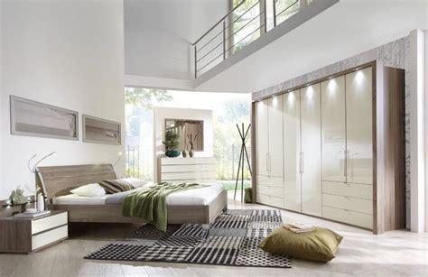 schlafzimmer mit loft schlafzimmer loft wiemann in tr 252 ffel eiche mit glas