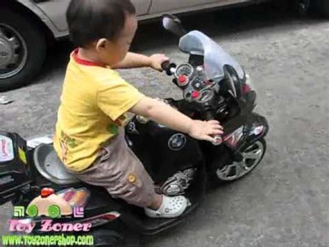 bmw motorcycle ride  toy  kid ylq