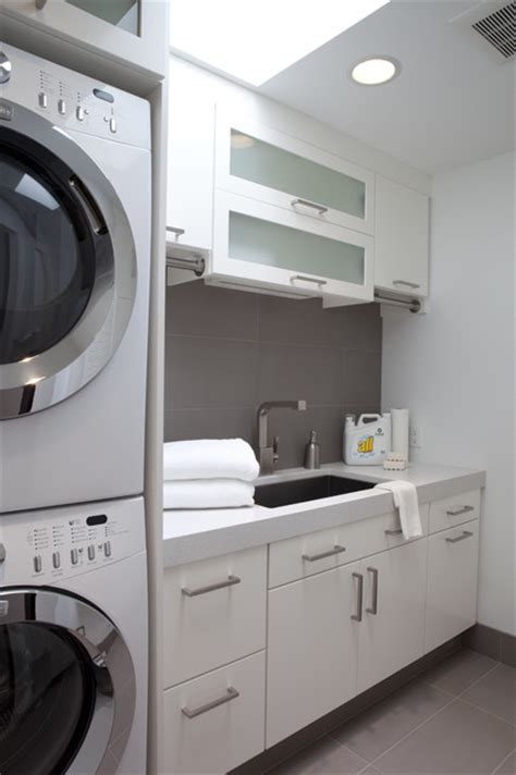 Classic Contemporary Residence Contemporary Laundry Modern Laundry Room Decor