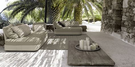 Modern Patio Design Ideas by Modern Patio Furniture