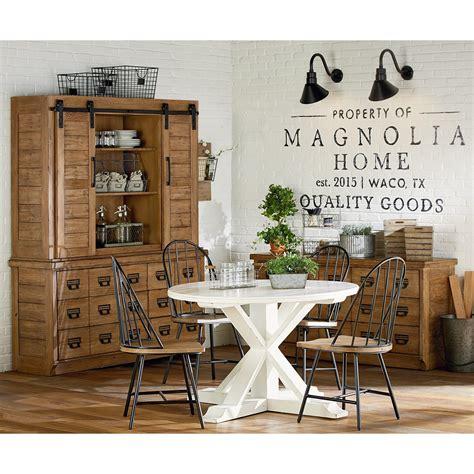 joanna gaines farmhouse magnolia home by joanna gaines farmhouse table with