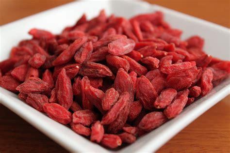 Jual Buah Goji Berry Segar organic and healthy options for