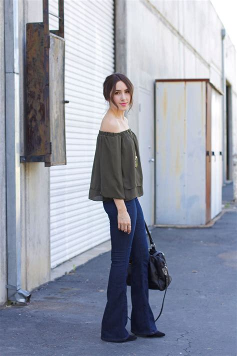 how to wear flare pants flare pants are in style how to wear flare jeans elements of ellis