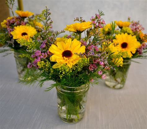 wildflower arrangements fall wildflower arrangement www pixshark com images