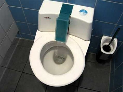 self cleaning bathroom a german high tech self cleaning toilet youtube
