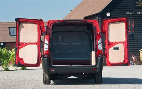 5 toyota proace likes and dislikes business vans