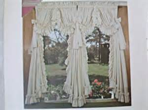 Country Ruffled Curtains Four White Country Ruffled Curtains By Dorothy S Ruffled Originals Ebay