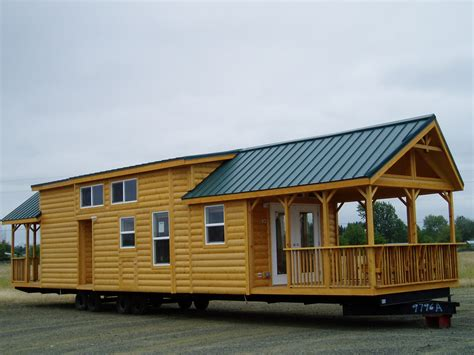 The Cascade Lodge LG12341A manufactured home floor plan or