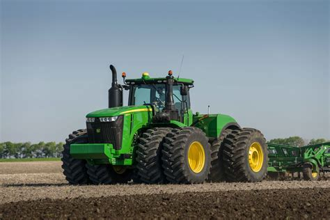 new john deere combine developments for 2015 top 10 john deere wallpapers