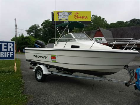 trophy boats us bayliner trophy 1802 2003 for sale for 1 boats from usa